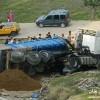 إصابة شخصين إثر انقلاب شاحنة من الحجم الكبير بوزان