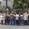 ساكنة دواري المناثة واخراشيش بجماعة زومي تحتج أمام مقر عمالة وزان