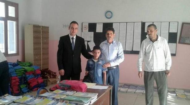 توزيع مستلزمات مدرسية بالثانوية الإعدادية محمد السادس بمقريصات