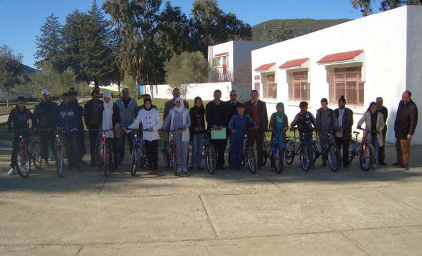 حفل توزيع دراجات هوائية بثانوية محمد السادس التأهيلية بمقريصات