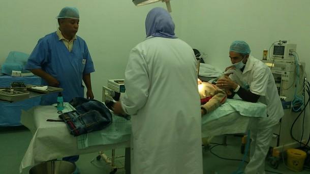 قافلة طبية للجمعية المغربية لجراحة اﻷطفال بالمغرب لفائدة أطفال إقليم وزان