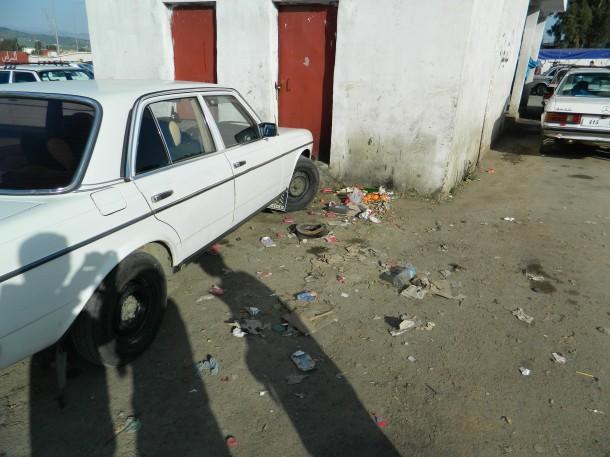 فوضى المحطة الطرقية لسيارات الأجرة الكبيرة والحافلات بمدينة وزان