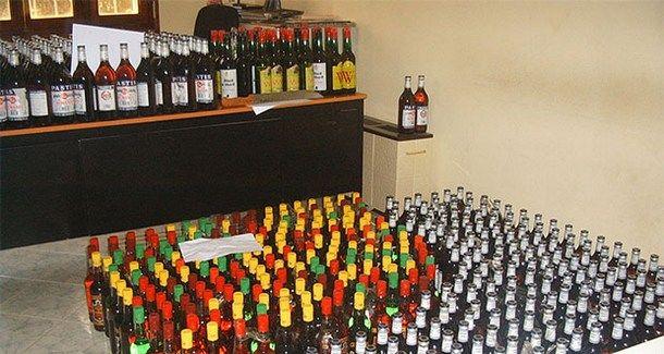 قنينات الخمر