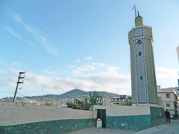 مسجد حي الدرعاويين بوزان