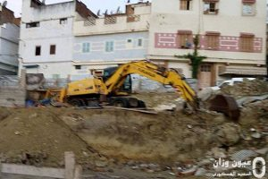 انفجار أنبوب للماء الصالح للشرب تحت المنازل المجاورة لمسجد حي الدرعاويين بوزان