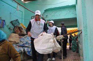 حملة تحدي الأكياس البلاستيكية تحط الرحال بالسوق المركزي لوزان