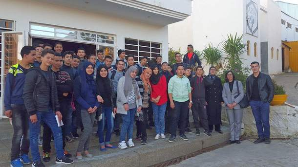 ثانوية ابن زهر التأهيلية التابعة للمديرية الإقليمية لوزان تنظم زيارة استكشافية لمنشأة صناعية في إطار قافلة العلوم لوزان