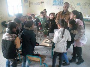 المختبر المتنقل بين مؤسسات التعليم في ضيافة مدرسة طريق شفشاون ومدرسة سبيل المجد الخاصة بوزان